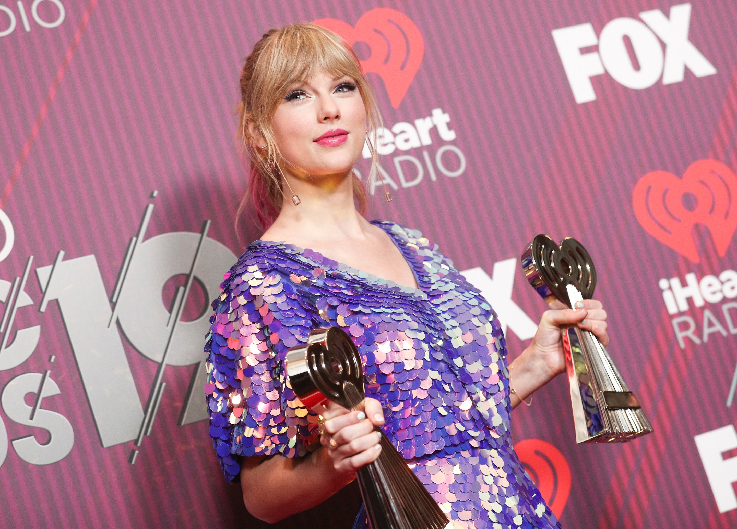 Taylor Swift Tried To Break A New Record Taylor Swift Ready