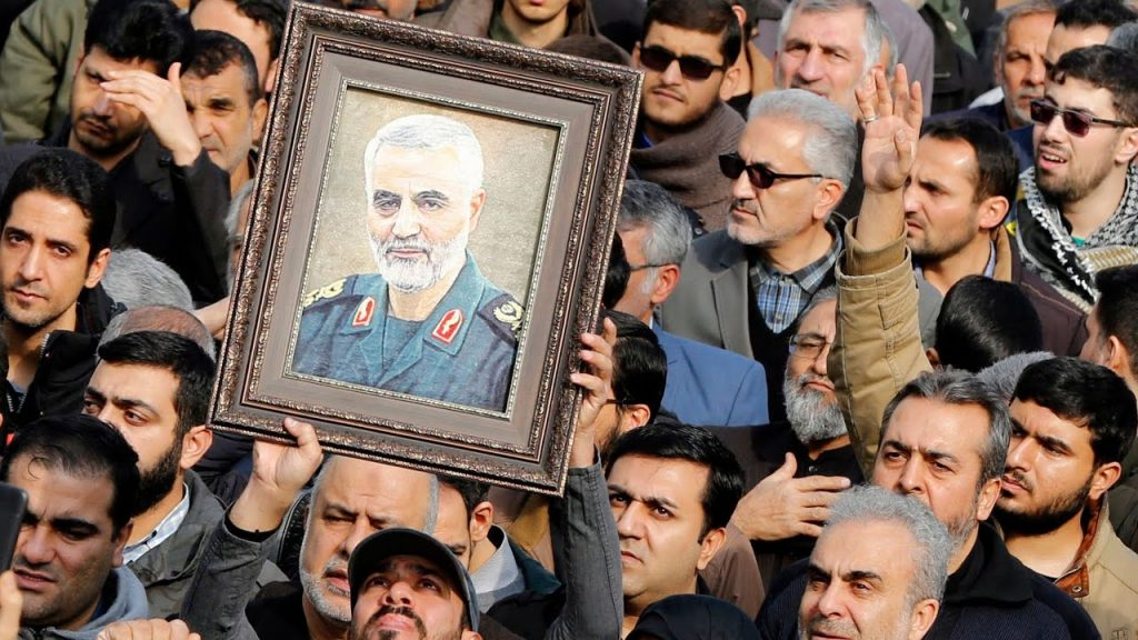 Thousands attend the funeral of Qasim Sulaimani, slogans of the dead...